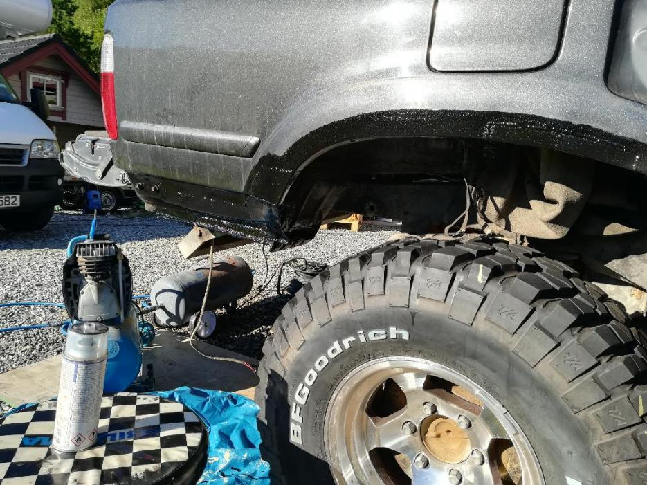 4R from North, Huge Rust repairs etc.-23-jpg