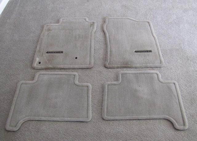 2008 toyota 4runner floor mats 32l storage box