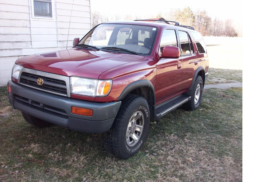 wts beautiful 1997 toyota 4runner sr5 4x4 auto reduced. Black Bedroom Furniture Sets. Home Design Ideas
