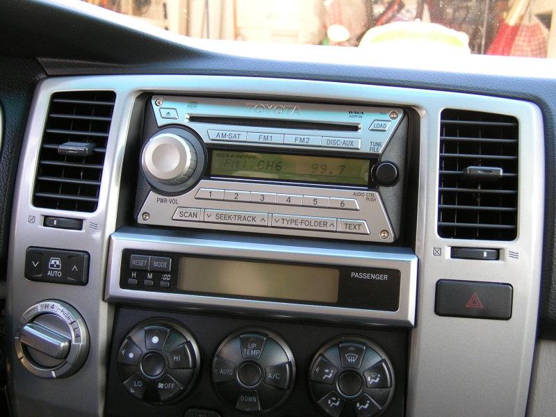 2010 Fj Jammer Radio With Xm Radio Sat