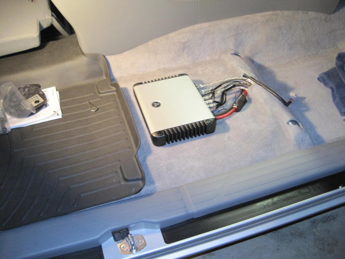 4th Gen  JBL wire harness help needed-img_3250-jpg