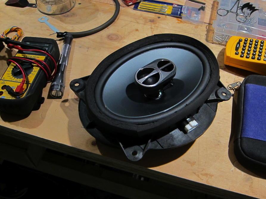 Destroy stock speaker, or build/buy speaker haeness?-img_0231-jpg