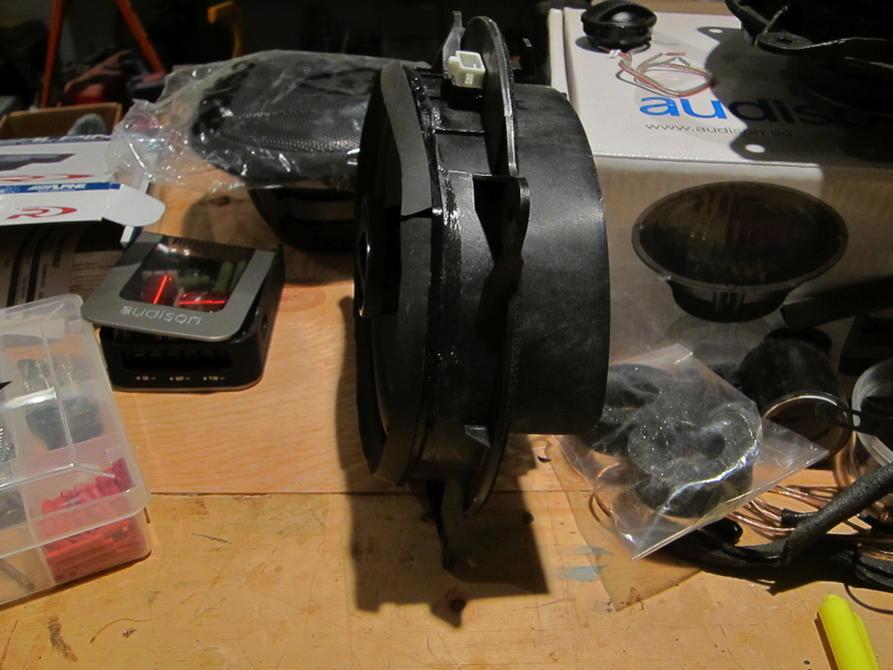 Destroy stock speaker, or build/buy speaker haeness?-img_0232-jpg