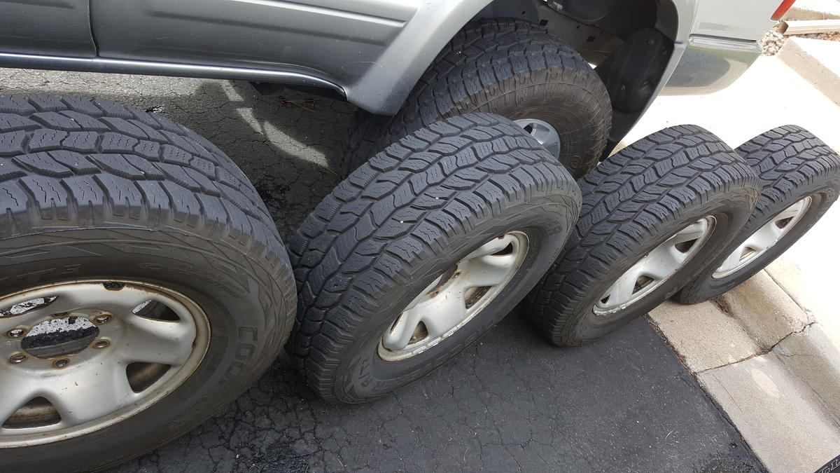 Tacoma 05 Steel Wheels And 265 70 16 Newer Cooper At3