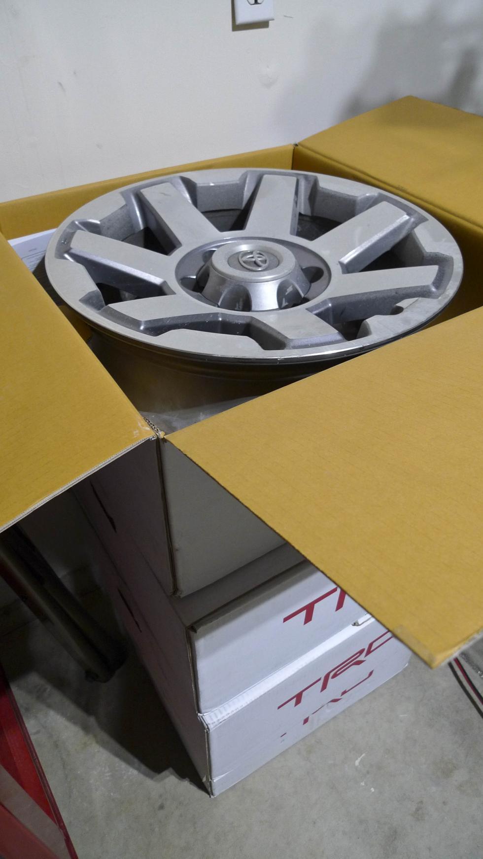 FS: 5th Gen (2015) Factory Stock alloy wheels PU in Salt Lake-p1010554-jpg