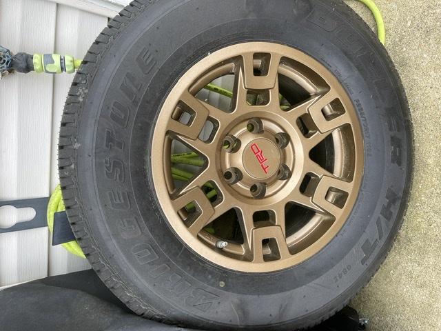 5th pro wheel x1 FS:MD-1301e47d-6e80-4d24-bbd9-2606ed52cb5b-jpeg
