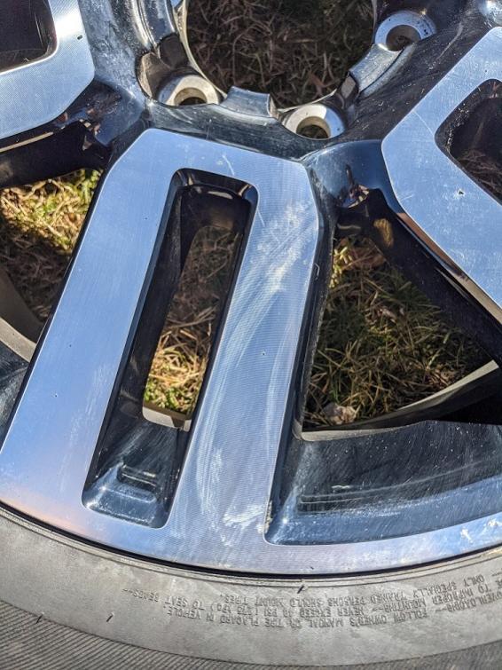 """FS: 5th GEN 20"""" Limited wheels x5 - 0 Jackson, MI-pxl_20210320_202935283-jpg"""