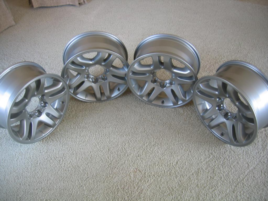4 OEM TOYOTA TUNDRA/SEQUOIA alloy rims-img_5083-jpg