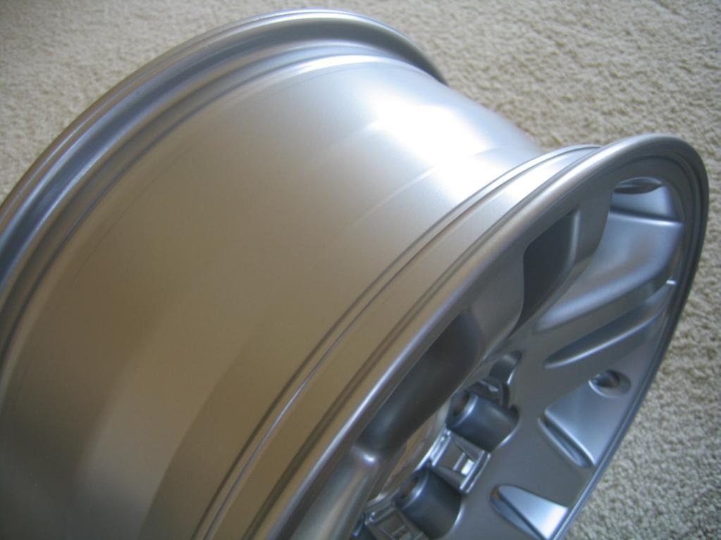 4 OEM TOYOTA TUNDRA/SEQUOIA alloy rims-img_5080-jpg