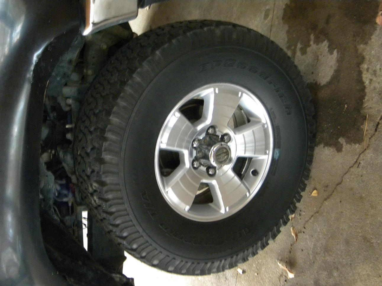Toyota 4runner and Tacoma 17in limited rims - Toyota ...