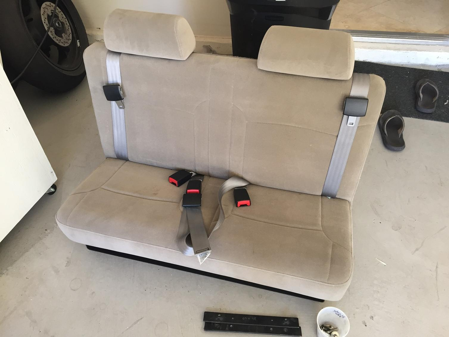 Aftermarket Third Row Seat >> Fs 4th Gen Aftermarket 3rd Row Seats 700 Lv Nv Toyota