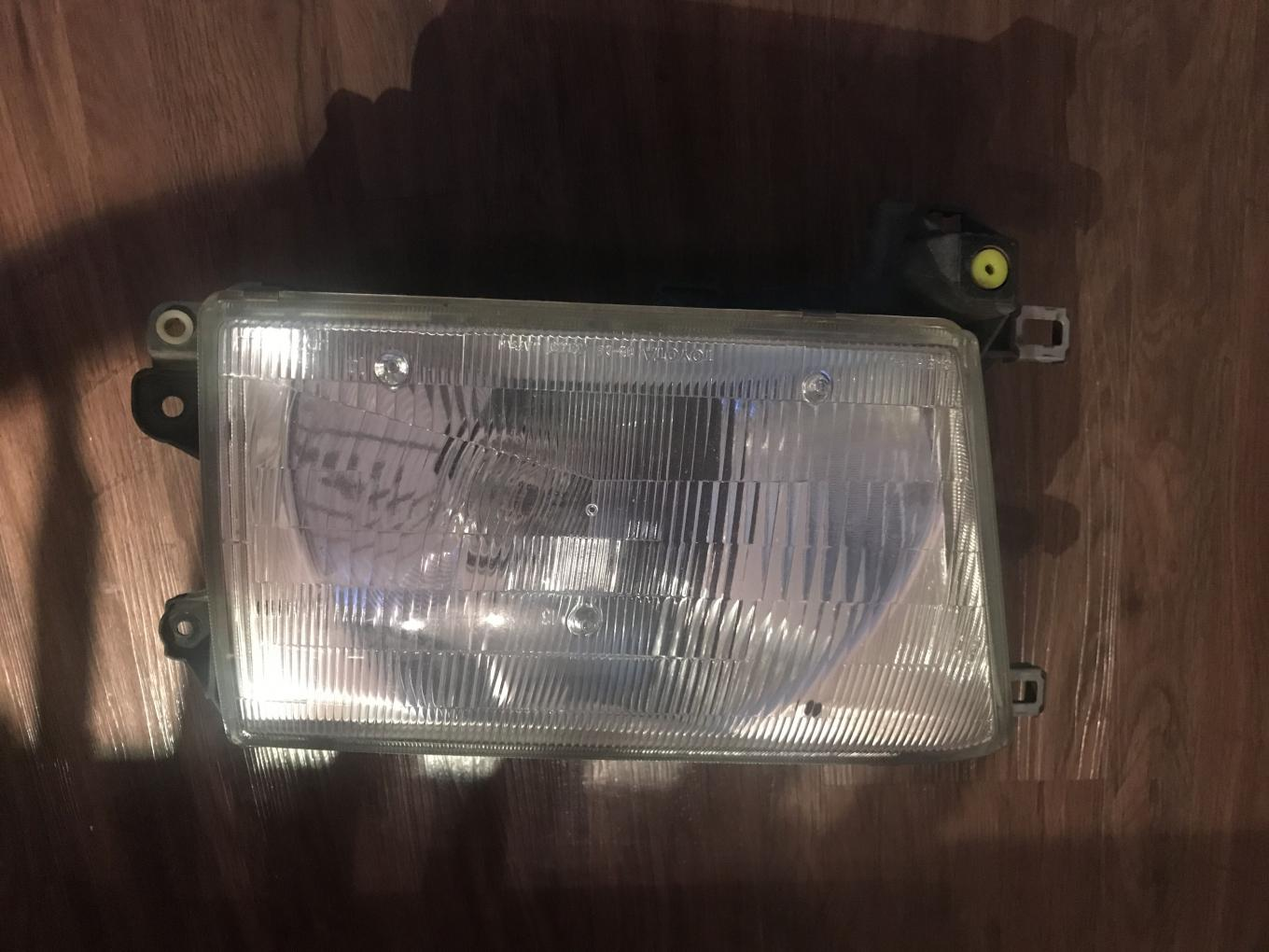 FS: 3rd Gen Headlights, turning lights, and corners - 0 OBO - Orlando, FL-y6bkcipq-jpg