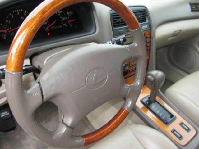 WTB 3rd Gen Tan/Oak Steering Wheel-795673034-jpg