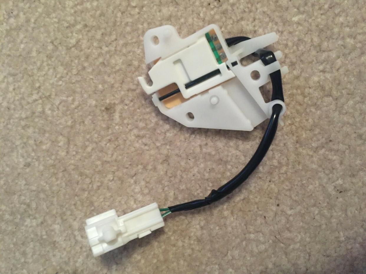 FS: 3rd Gen Switch Shift Lock Control 84727-35090 Chapel Hill, NC -s-l1600-2-jpg