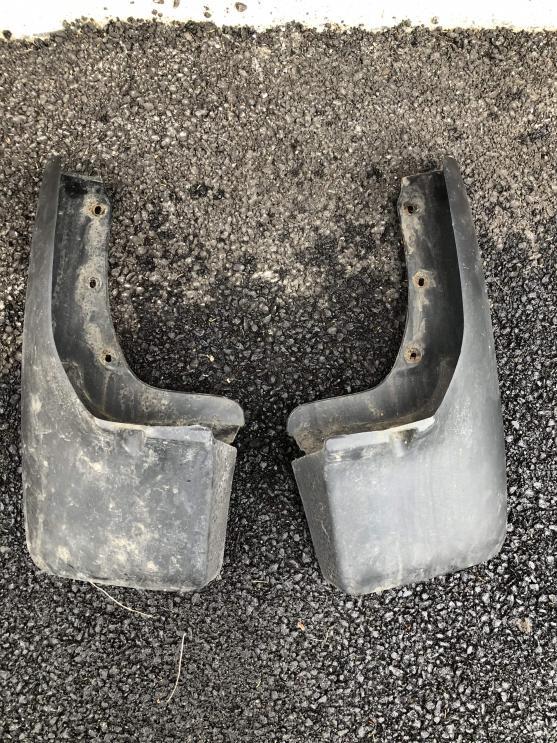 3rd Gen SR5 Rear Mud Flaps, Front Fender Flares Black-img_3903-min-jpg