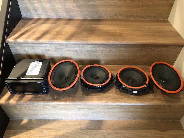 FS: Factory Navigation and speakers 4th gen, N. Calif-img_1503-jpg
