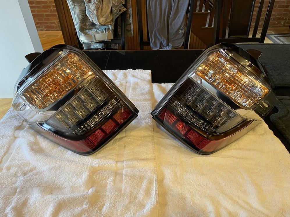 FS/FT 5th Gen headlights, taillights, running boards, floormats St Louis-taillights1-jpg