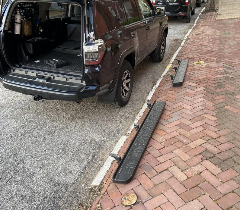 FS/FT 5th Gen headlights, taillights, running boards, floormats St Louis-running_boards-jpg