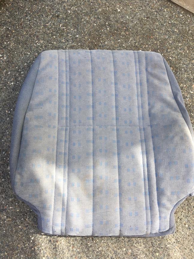 FS OEM 99-00 4Runner Moon Mist seat upholstery,  SF Bay Area-img_2418-jpg