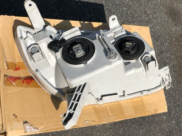 FS 2003-2005 OEM Toyota Headlights Excellent Condition Northern NJ 0 shipped-8-jpg