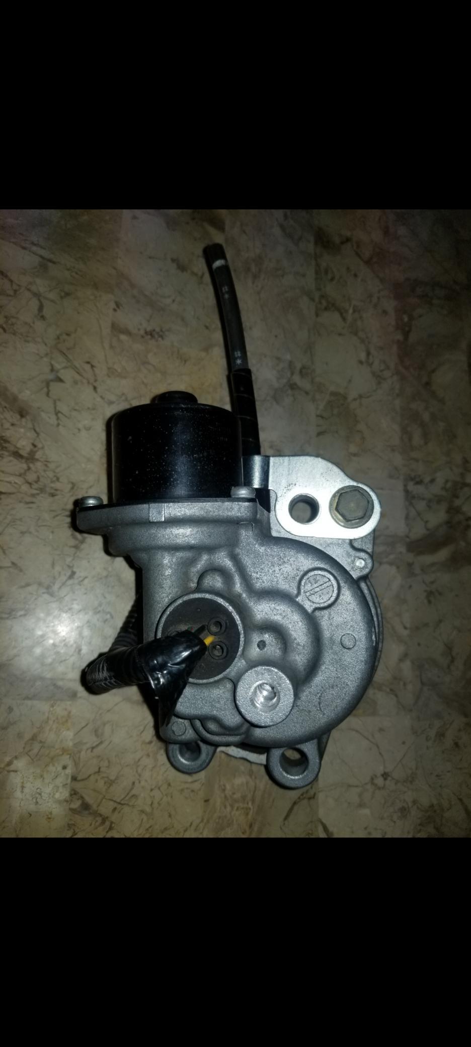 "FS: 5th gen 4R & FJ 8.2"" elocker motor/actuator-screenshot_20210709-090923_gallery-jpg"