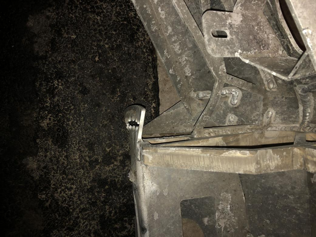 FS: 4th gen DC Bumper (it is damaged) Cary, Illinois-img_5262-min-jpg