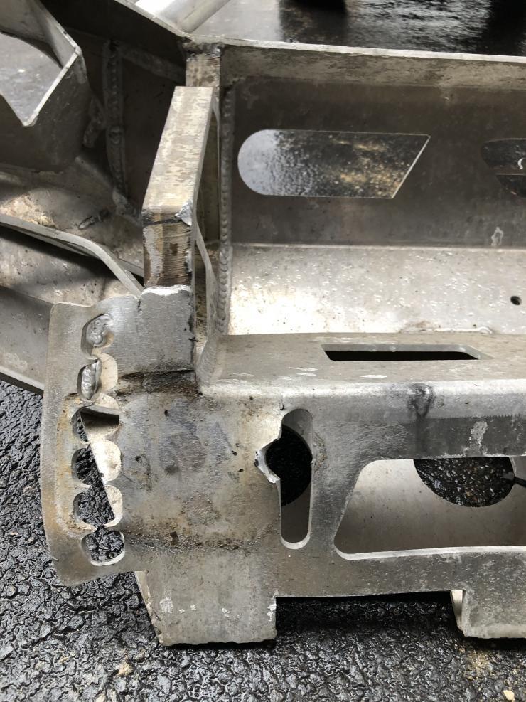 FS: 4th gen DC Bumper (it is damaged) Cary, Illinois-img_5694-min-jpg