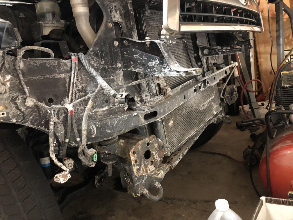 FS: 4th gen DC Bumper (it is damaged) Cary, Illinois-img_5824-min-jpg