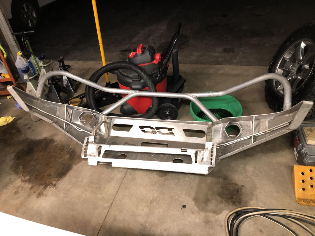 FS: 4th gen DC Bumper (it is damaged) Cary, Illinois-img_5849-min-jpg