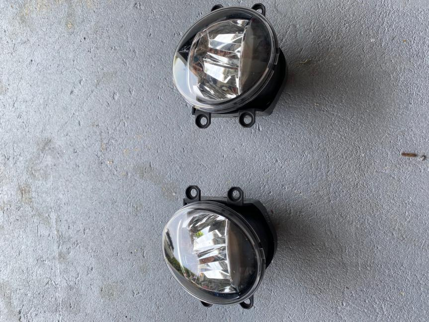 FS: '21 5th GEN original Fog Lights LED, 100$ obo shipped Destin, FL SOLD please remove-img_1251-jpg