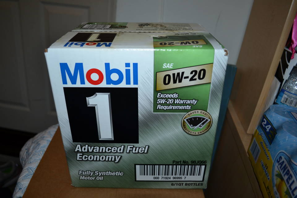 Mobil 1 0w 20 Oil 6 Qts For Sale W Free Shipping Toyota