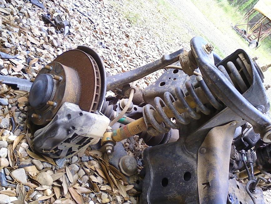 Fs  4x4 Front End Parts From Tacoma 04  2000