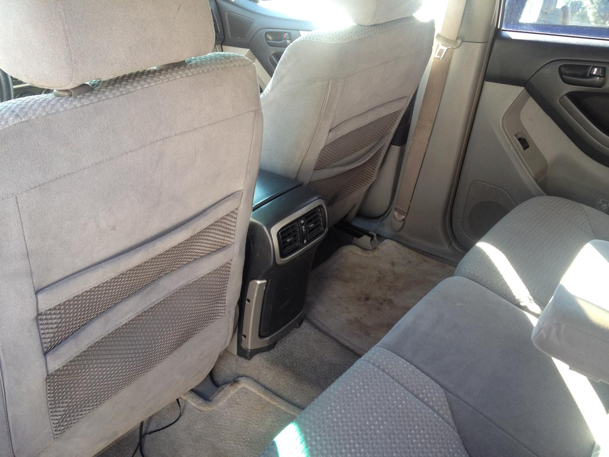 2015 toyota vehicles with third row autos post. Black Bedroom Furniture Sets. Home Design Ideas