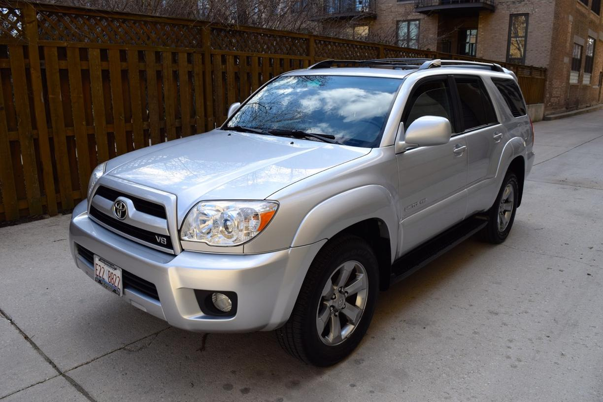 fs 4th gen 2008 toyota 4runner v8 limited 4x4 excellent condition chicago toyota. Black Bedroom Furniture Sets. Home Design Ideas