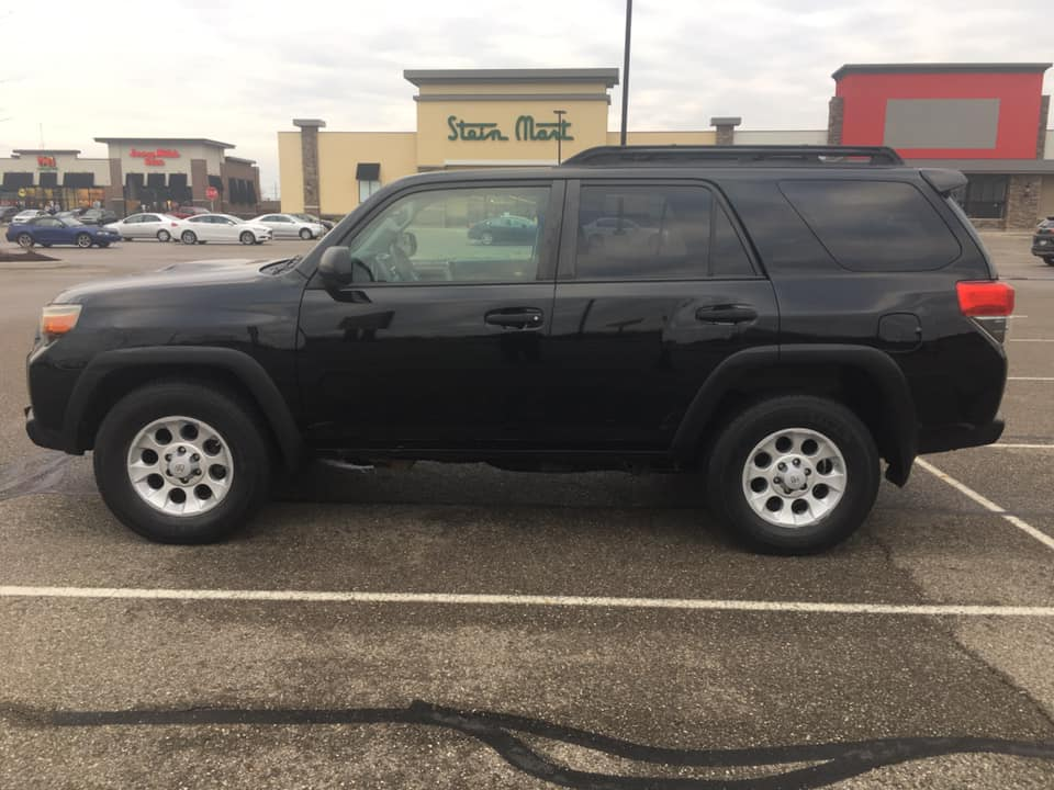 FS: 5th Gen 2010 4runner Trail Edition KDSS 500 Girard OH 44420-black-trail-4-jpg
