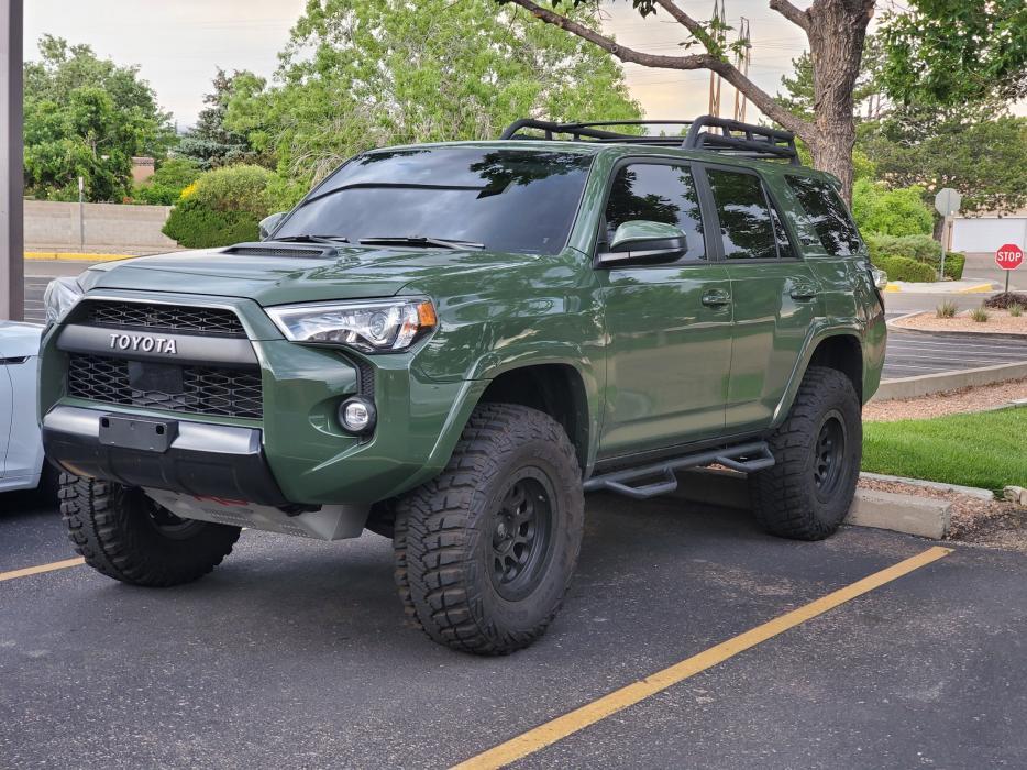 FS 2020 4Runner TRD Pro Army Green-20200602_190352-jpg