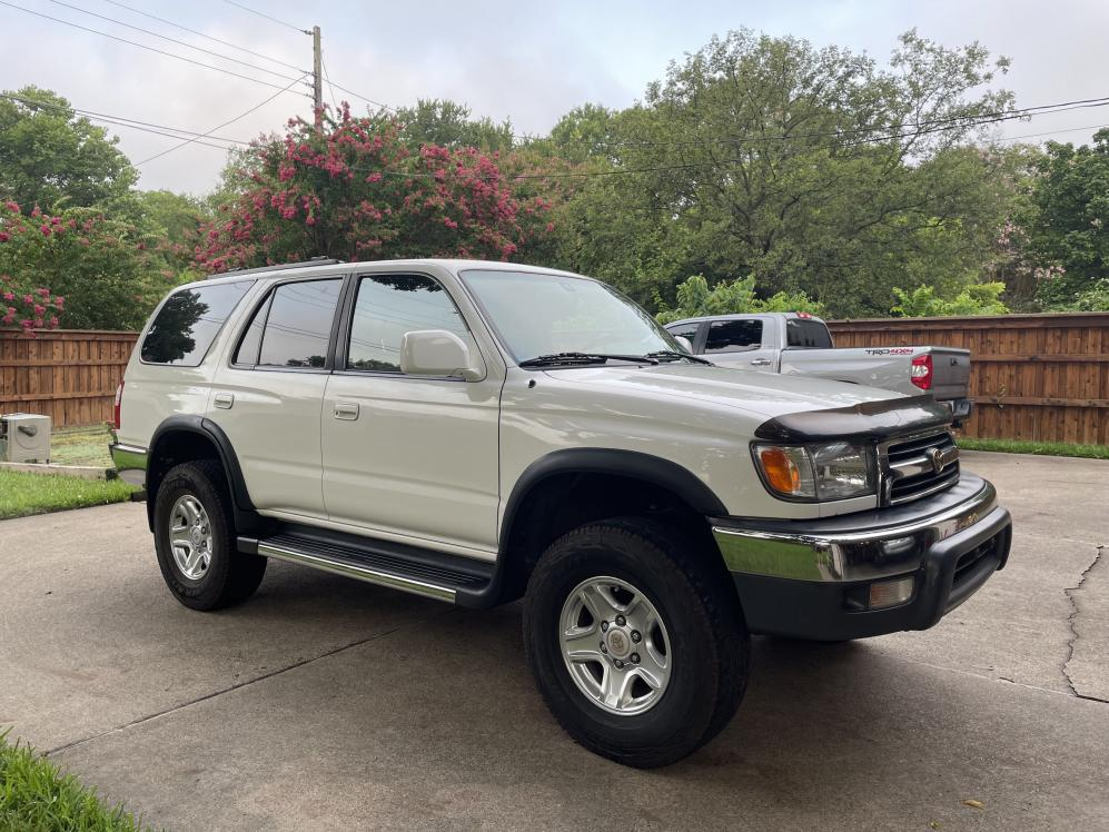 SOLD: 2000 4Runner SR5, 5-speed manual 4WD, 227K, ,500; Richardson, TX-img_3804-jpg
