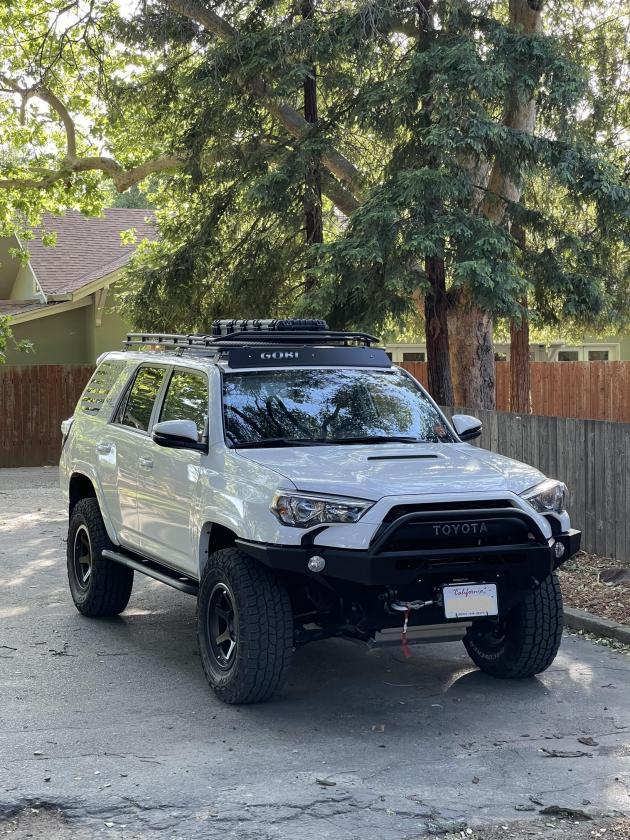 FS: 2017 4Runner TRD Off-Road Premium 4x4 White, KDSS, 26k miles! Sacramento, CA-4runner-pic-2-jpg