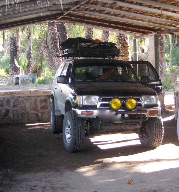 Toyota Maine: 2000 Sr5 5speed 4x4 . Long Beach