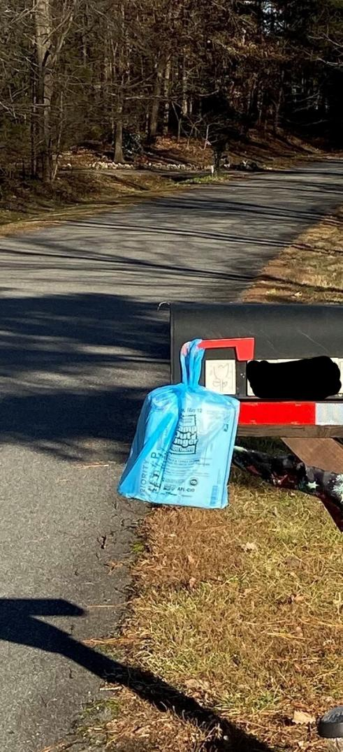 "USPS says ""Delivered"" but it wasn't-mailbox-jpg"