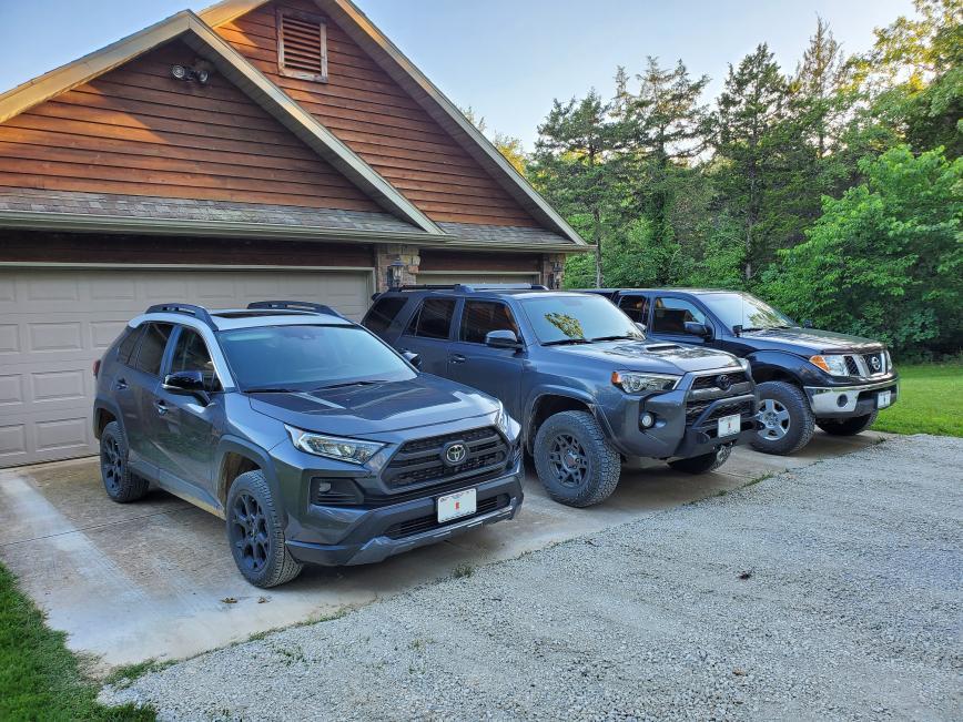 RAV4 TRD vs Jeep Wrangler Rubicon-collection-jpg