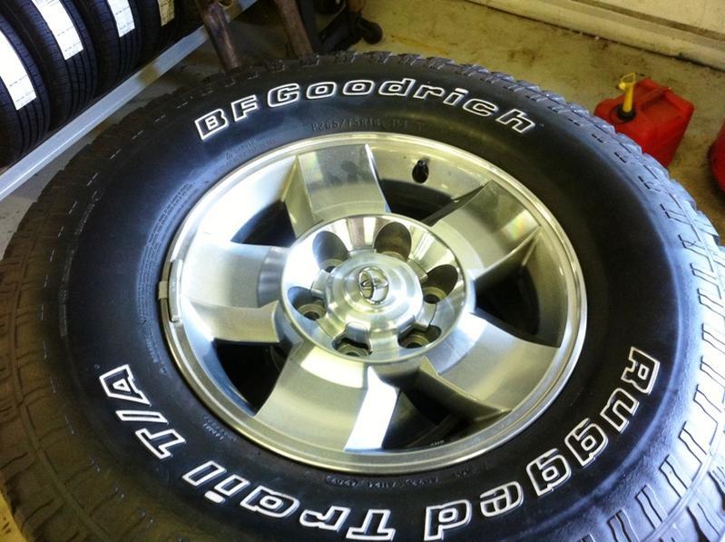 2008 FJ Cruiser Wheels and Tires FS- DC area-img_0711-jpg