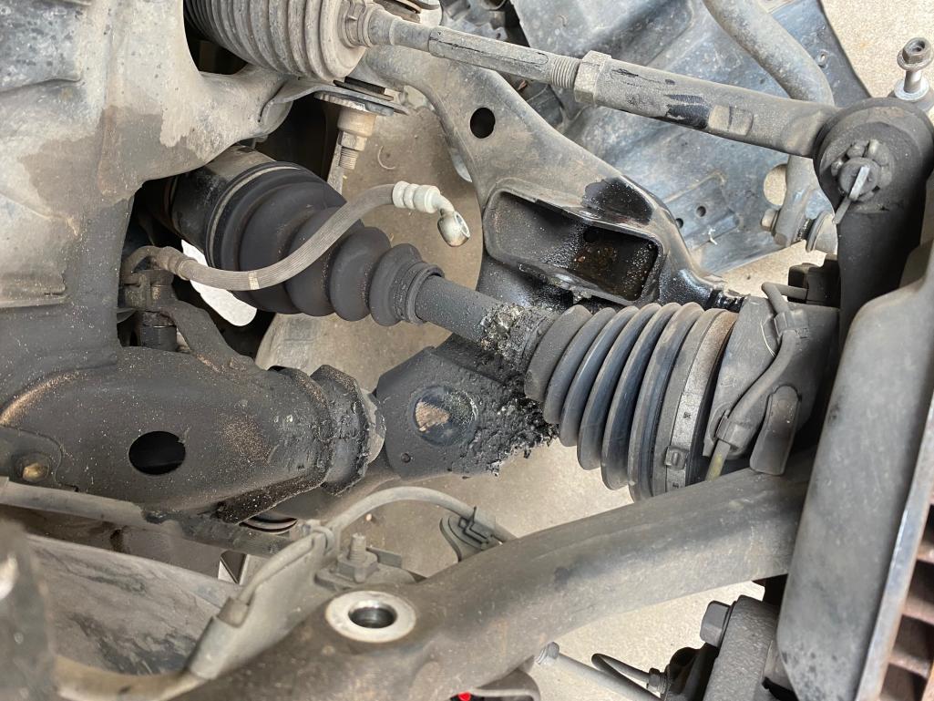 Replace or repair CV axle - 4th gen-img_5105-jpg