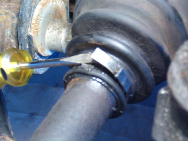 Front LH inner CV boot leaking-t4rfrcvboot02-jpg