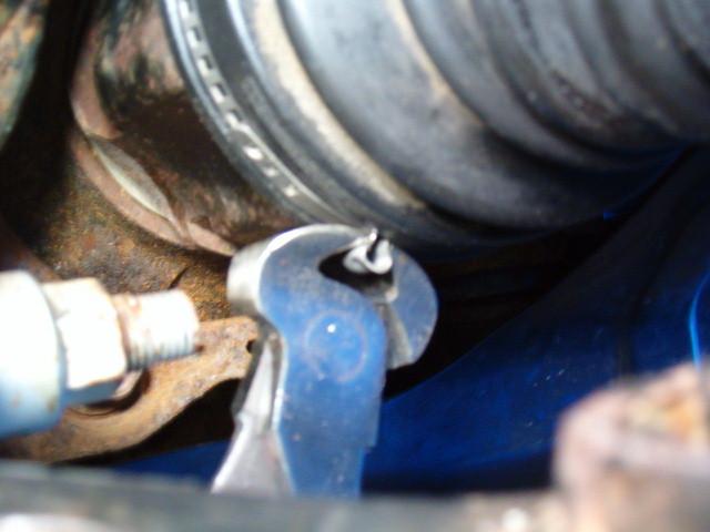 Front LH inner CV boot leaking-t4rfrcvboot07-jpg