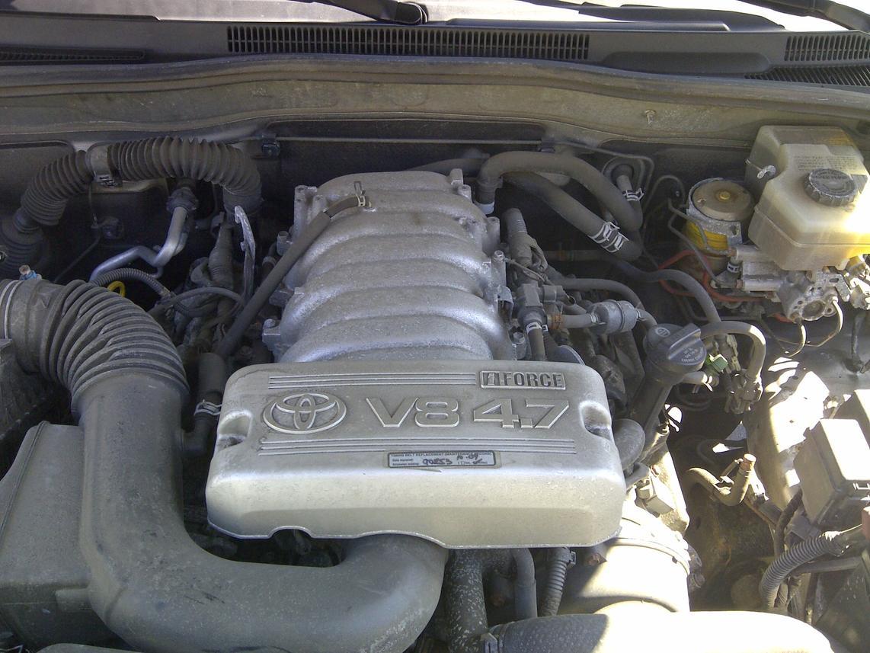 U0026 39 03 V8 4runner - Replacing Sparkplugs