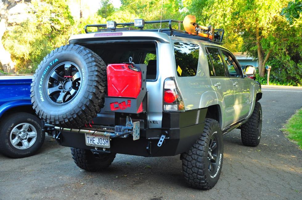 Cbi Rear Bumper W  Swingaway Tire Carrier