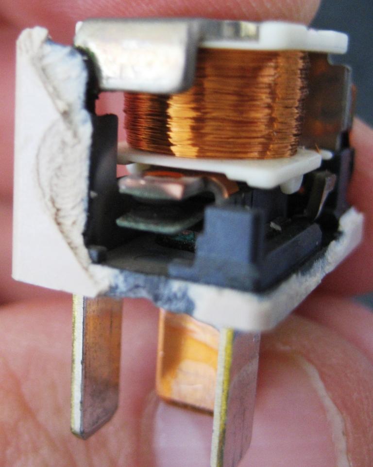 A/C light flashing??-relay-contact-charring-jpg