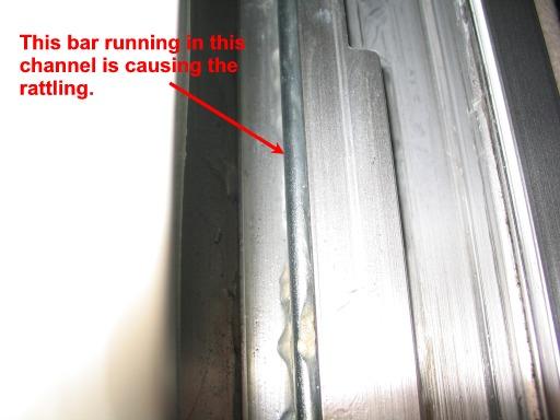 Rattling noise on ceiling-104_0481m-jpg