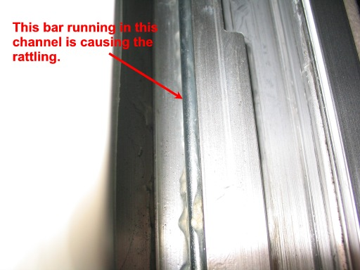 Rattling noise on ceiling-104_0481m-jpg